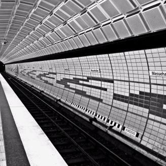 U-Bahn Messehallen