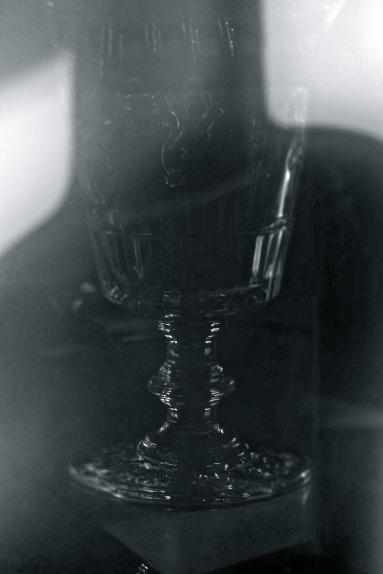 Weinglasspiegelung