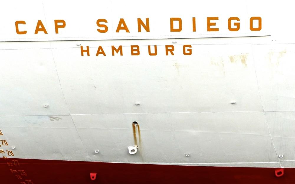 Schiffsbauch