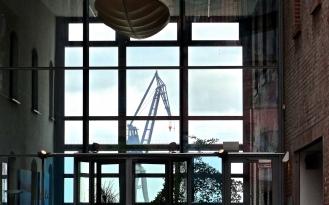 Fenster zum Kran
