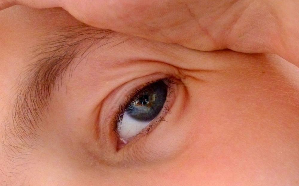 Eyes 8