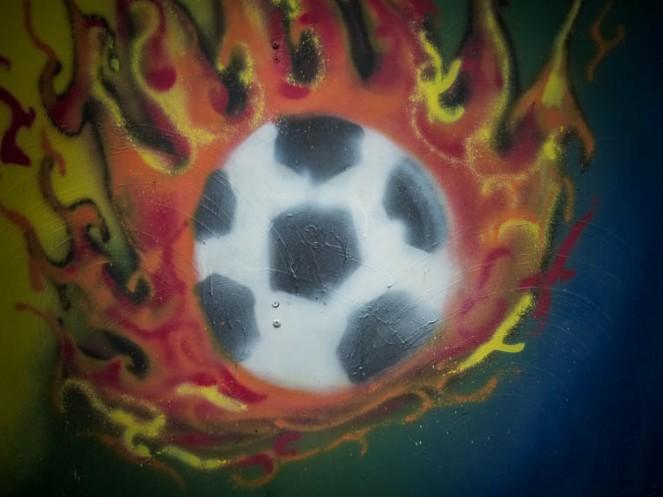 Flammender Ball