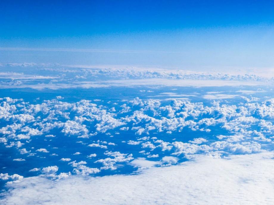 ueber-den-wolken-1